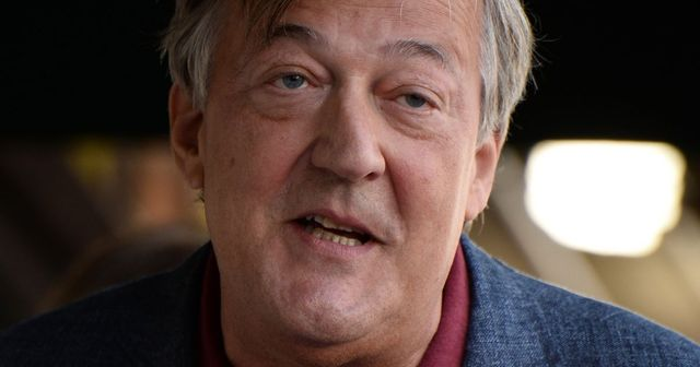 Stephen Fry encourages missing people to reconnect with their families this Christmas featured image