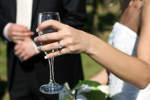 Increase in Enquiries for Outdoor Weddings in 2021, but Current Law Would Need to Change featured image