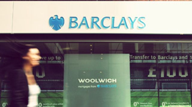 Barclays begins in-branch beacon technology trial featured image