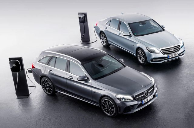 Mercedes Stops Current PHEV Production To Make Way For Third Generation Cars featured image