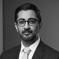 Manish Soni, Senior Counsel & Notary, Macfarlanes