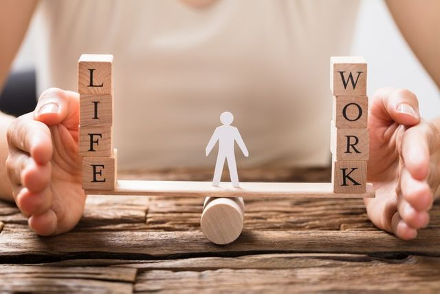 5 Ways To Maintain A Healthy Work-Life Balance featured image