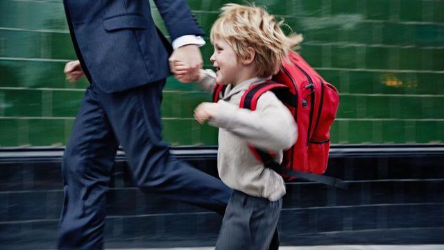 """Pour les spécialistes de la petite enfance, """"nous faisons vivre à nos enfants un rythme effréné"""" featured image"""