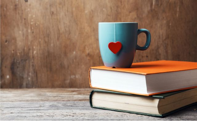 10 marketing books to inspire you on #BookLoversDay featured image