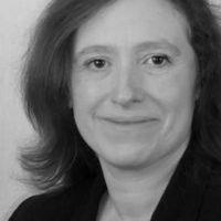 Lydia Harratt, Compliance & Company Secretarial, Pitmans