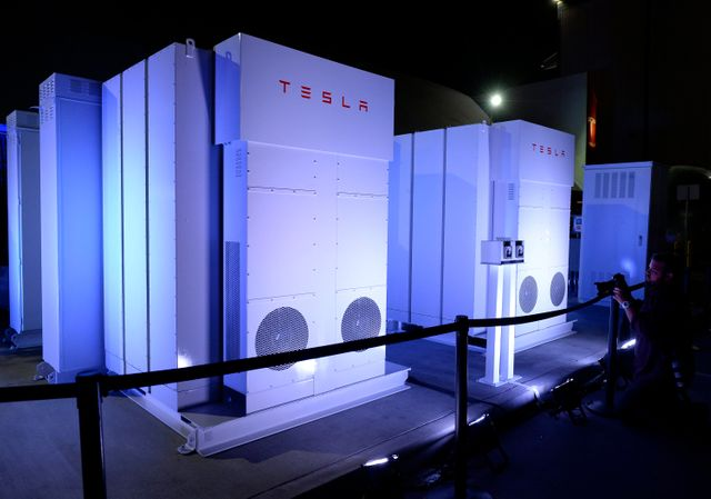 The battery decade: How energy storage could revolutionize industries in the next 10 years featured image