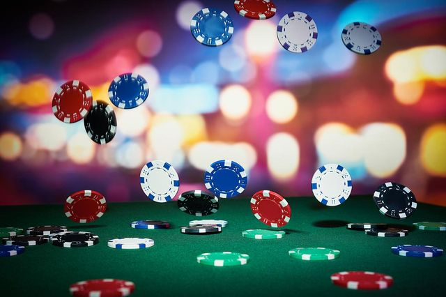 Applying Poker Theory to Business featured image