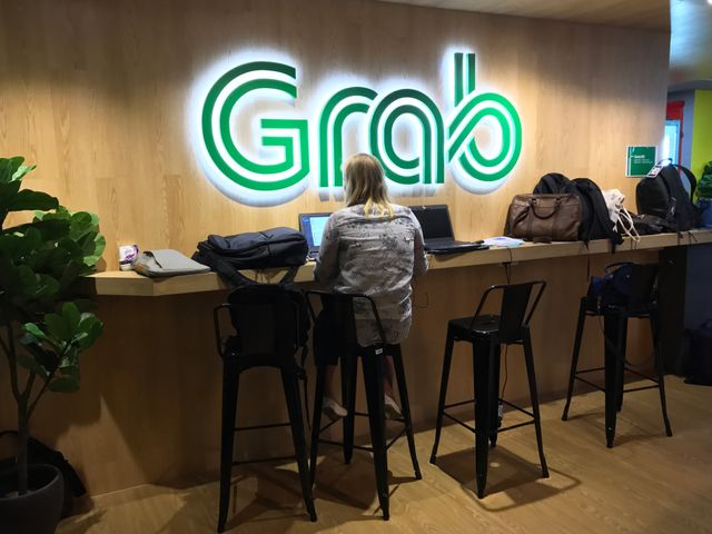 Grab, the Uber rival in Southeast Asia, is now officially also a digital payments company featured image