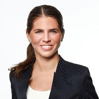 Naemi Groh, Associate, Freshfields Bruckhaus Deringer