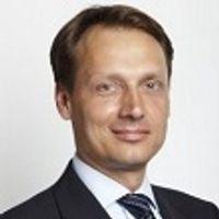 Jan-Hinnerk Fahrenkamp, Director, Deloitte