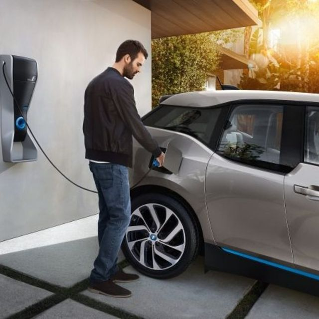 Public electric vehicle network 'will account for a small portion of total charging' featured image