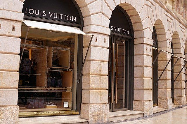 Exceptional Customer Service At The Core Of Online Luxury Brands featured image