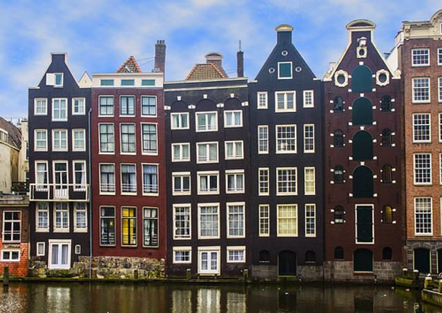 Amsterdam: city of sin or city of opportunity? featured image