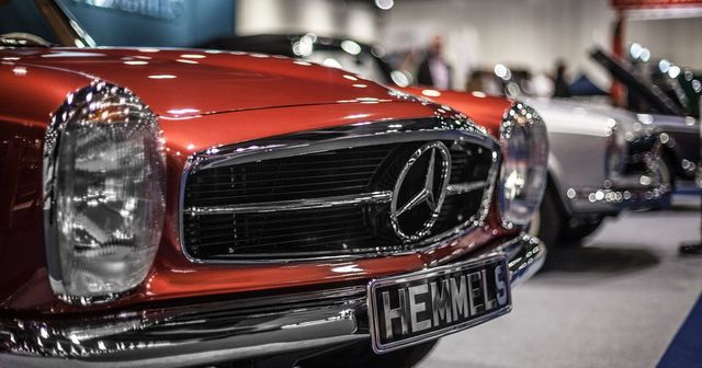 Capital advises classic Mercedes-Benz restoration specialist on investment featured image