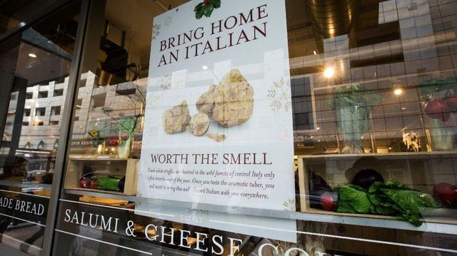 Eataly Ad Criticized For Message About Italians featured image