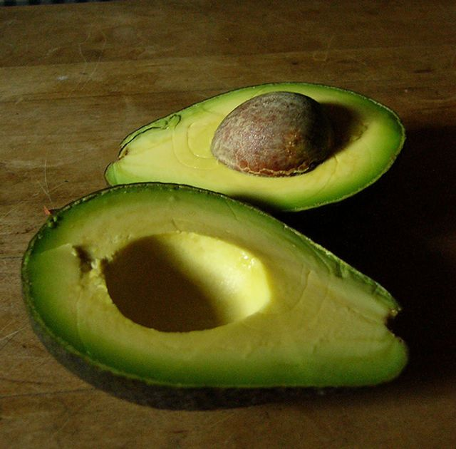 "If I had a £ for every ""ripe"" avocado that lied to me... featured image"