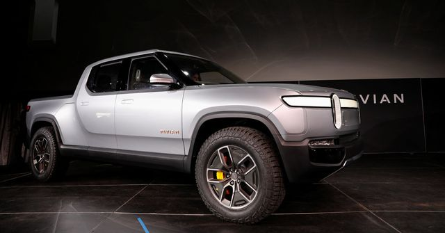 Electric truck start-up Rivian announces $700 million investment round led by Amazon featured image