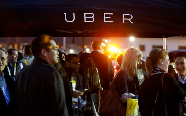 Uber Gives Restless Employees a Way to Cash Out featured image