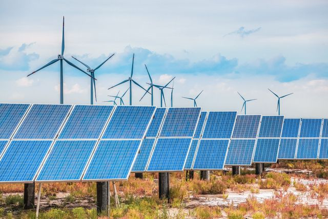 Utilities look to new hybrid models for microgrid deployment featured image