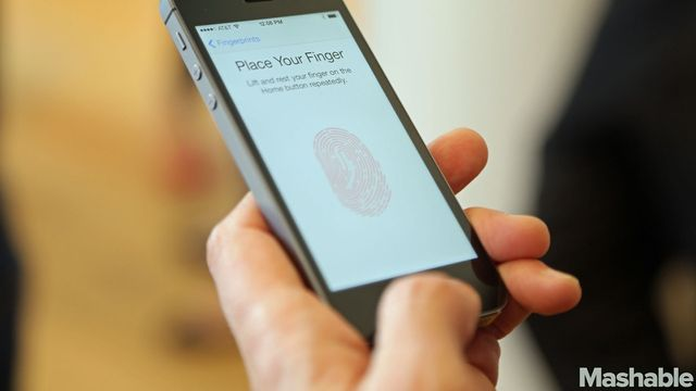 Apple's Mobile Wallet May Not Pay Off for a While featured image