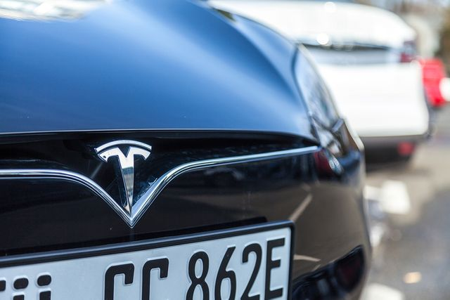 The hottest company of 2018? Indeed's survey reveals it is Tesla but why? featured image