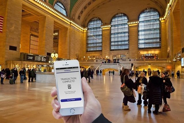 NYC Commuters to Use Mobile Phones as Train Tickets featured image