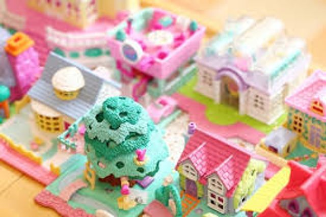 The Origonal Polly Pockets featured image