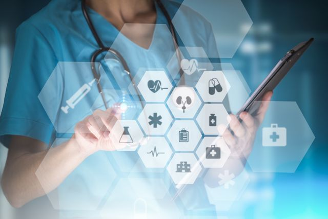 Top 5 biggest challenges for digital transformation in the NHS featured image