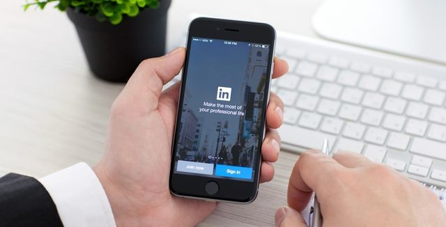 Optimising your LinkedIn Profile! featured image