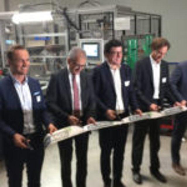 Batteriespezialist Akasol eröffnet größte E-mobility Batteriefabrik in Europa featured image