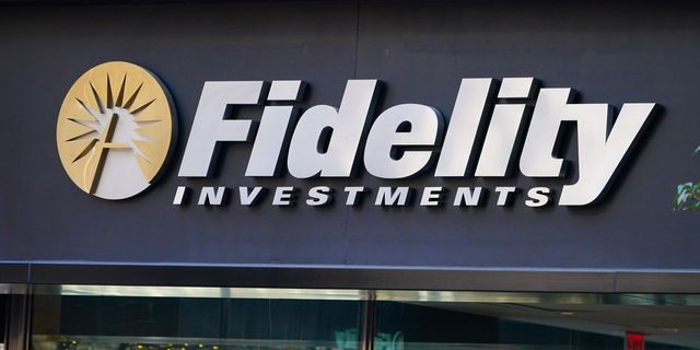 Fidelity plans to launch bitcoin ETF featured image