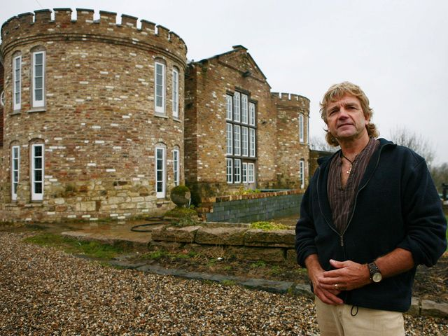 Farmer claims he cannot knock down mock-Tudor castle built without permission because of bats featured image