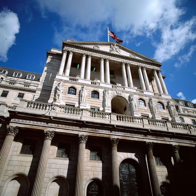 """The PRA publishes discussion paper on """"strong and simple"""" prudential framework for non-systemic UK banks and building societies featured image"""