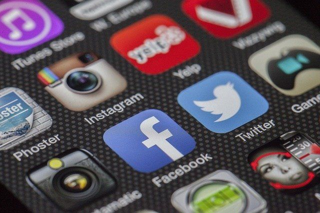 Social Media: Help or Headache for Employers? featured image