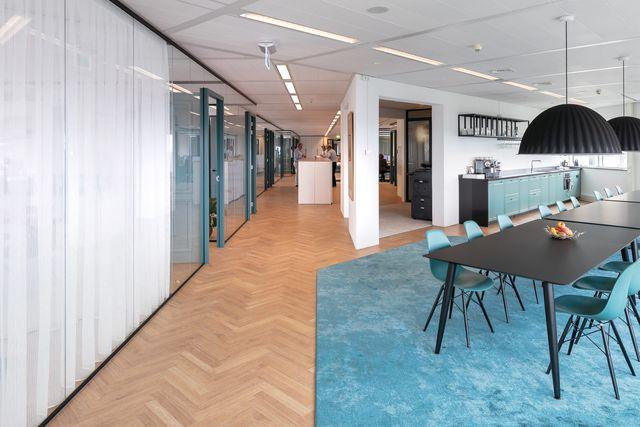 Heimwee naar (een vol/ gevuld) kantoor en de file? featured image