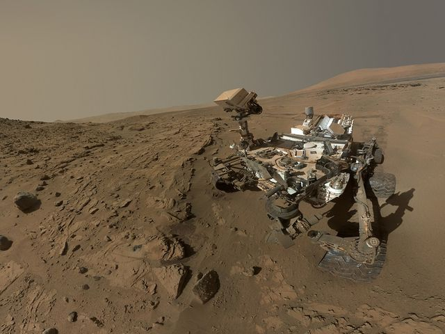 Selfie from Mars! featured image