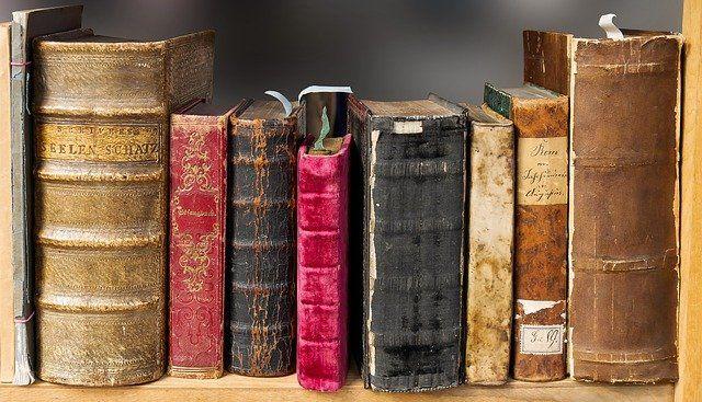 Wer entwendet Entwürfe von Buch-Manuskripten? (Fragen sich auch gerade Experten…) featured image