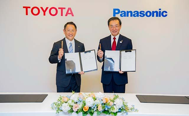 Toyota partners Panasonic to make EV batteries featured image