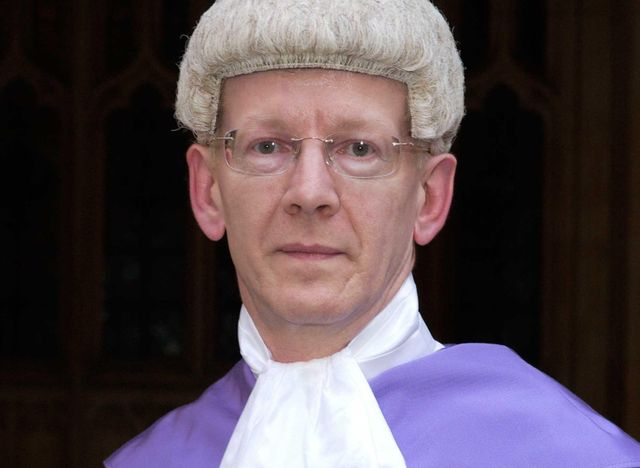 Judge makes public his concern about expert witness's conduct featured image