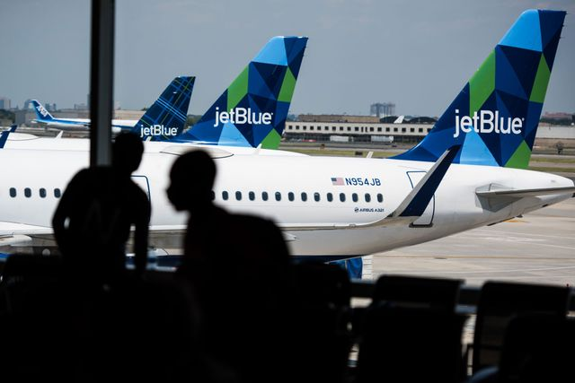 Goldman Sachs launches installment loan business with JetBlue featured image