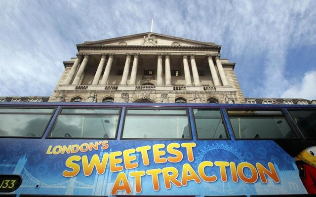 Itchy feet at Bank of England as staff eye exit door......or do they?! featured image