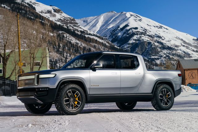 Rivian CEO RJ Scaringe Details Plans To Move Into Stationary Energy Storage featured image