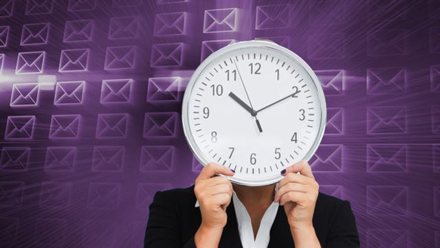 Which is the best day of the week to send your email newsletter? featured image