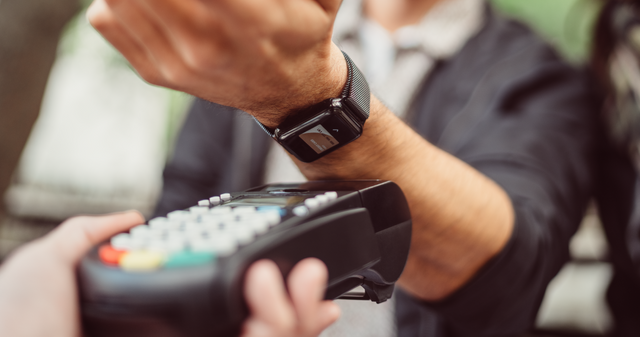 Wearable payments are finally starting to take off in the U.S. featured image