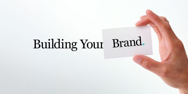How do I grow my audience? 6 steps to build a digital community around your brand. featured image