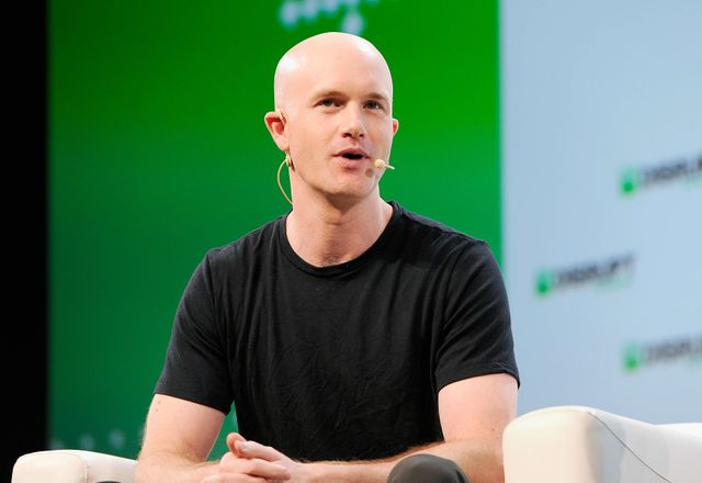 Coinbase files for direct listing after revenue more than doubles in 2020 featured image
