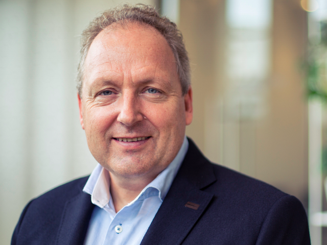 The CEO and founder of cloud-based accountancy software giant Xero says artificial intelligence (AI) featured image