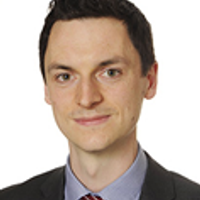 Simon Treacy, Senior Managing Professional Support Lawyer, Linklaters