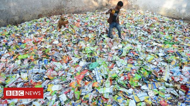 Plastic bags recycled into fabric to fight pollution featured image
