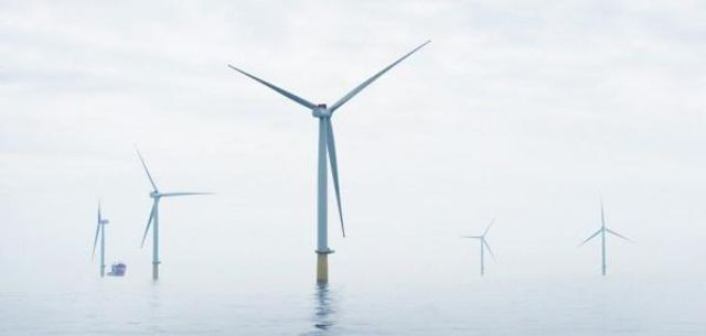 World's first offshore wind farm + battery switched on in Scotland featured image